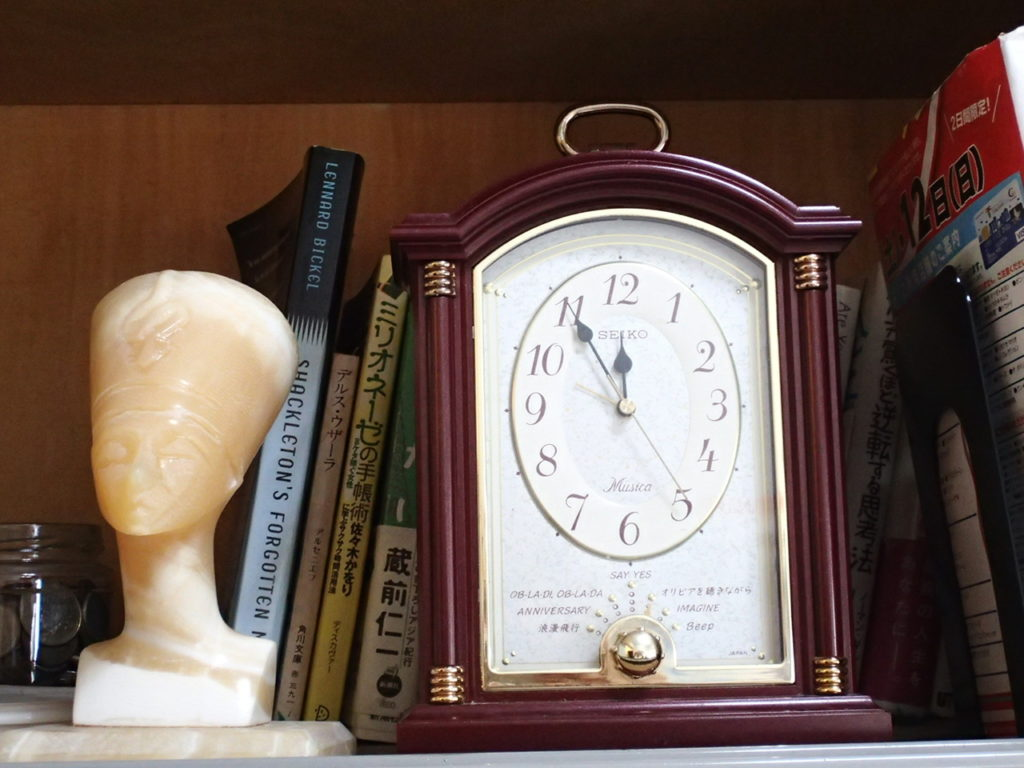 オルゴール時計